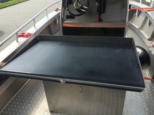 670R folding table